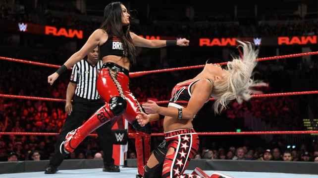 Закулисная реакция Riott Squad на ботч Бри Беллы перед Лив Морган; WWE прокомментировали состояние Морган