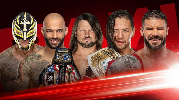 К чему WWE устроили пятисторонний матч за звание претендента на чемпионство Вселенной WWE?