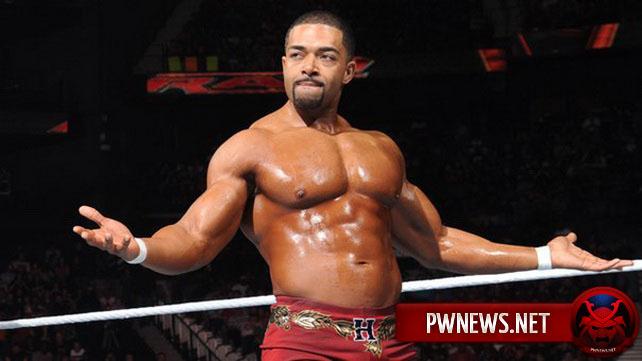 Ведущий пре-шоу RAW выступил в матче