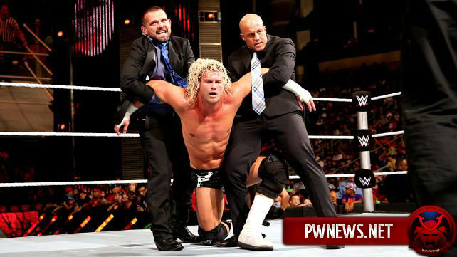 Кто писал сюжет Royal Rumble матчу?
