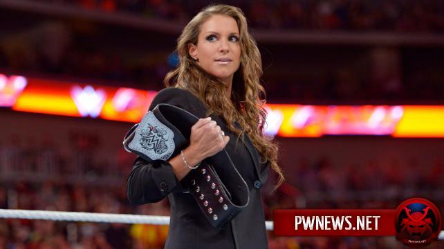 Стефани МакМэн готовится к матчу на WrestleMania 32?
