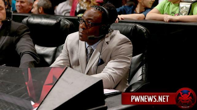 Реальная причина снятия Букера Ти с поста комментатора Raw; Травмированная звезда NXT вернулась в строй