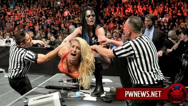 Шарлотта vs. Пейдж в лестничном матче на TLC?