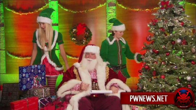 Кто исполнил роль Санта-Клауса на RAW?