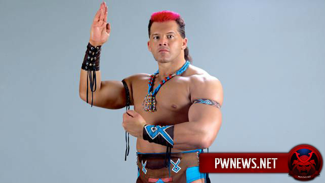 Бывшая суперзвезда WWE подписала контракт легенды