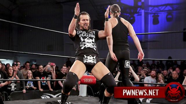 О том, почему WWE еще не подписали контракт с Адамом Коулом; Известно, когда вернется Дэвид Отунга