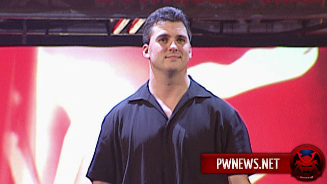 Сколько WWE заплатят Шейну МакМэну?