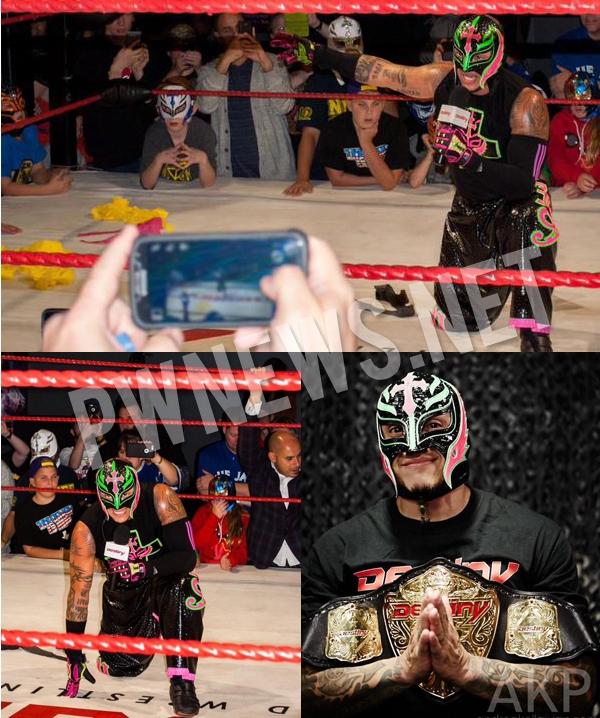 Рей Мистерио выиграл титул