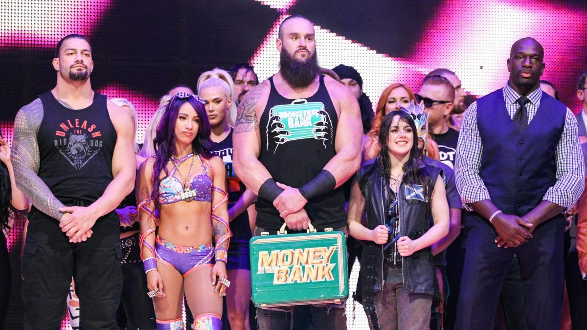 Известна причина присутствия Никки Кросс на Raw
