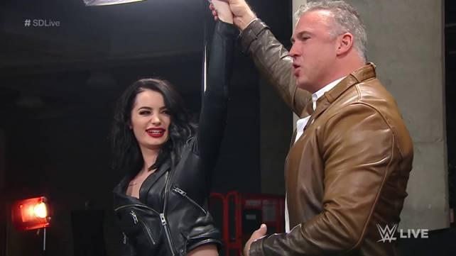 Пэйдж официально снята с должности генерального менеджера синего бренда; Мустафа Али присоединился к ростеру SmackDown