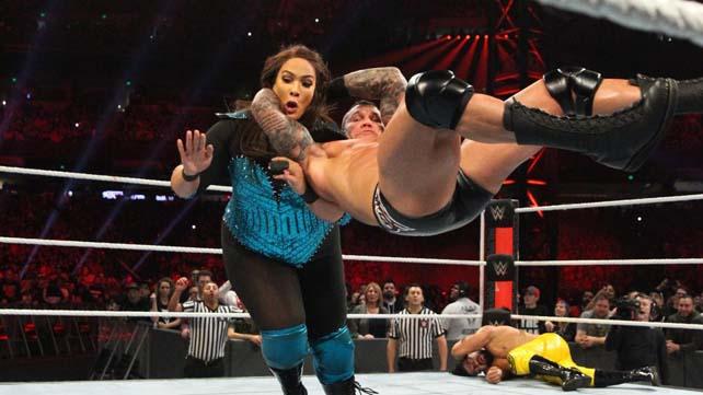 Известно, почему WWE отказались от перспективы матча Рэнди Ортона и Найи Джэкс