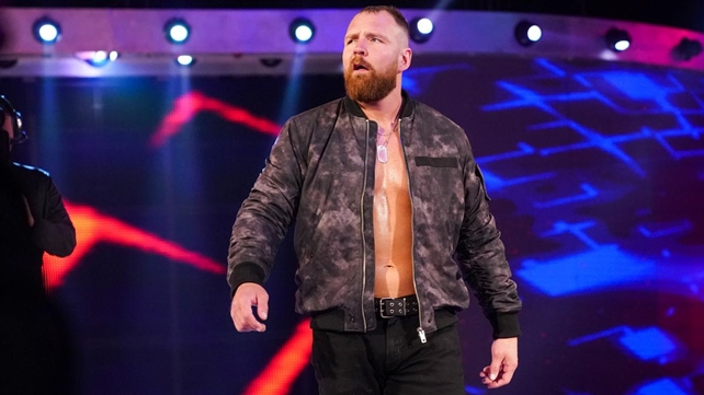 WWE предпринимают попытку переподписать контракт с Дином Эмброузом