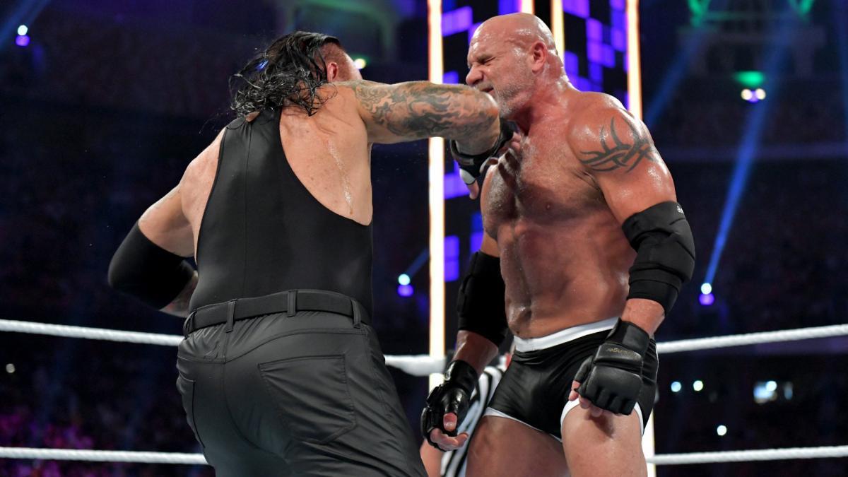 Между Голдбергом и Гробовщиком произошла перепалка за кулисами WWE Super Show-Down 2019