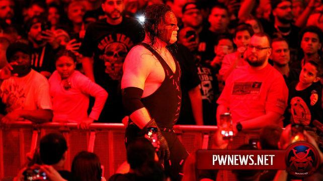 Кейн вернется на Elimination Chamber?; Возможный титульный матч на PPV Fastlane